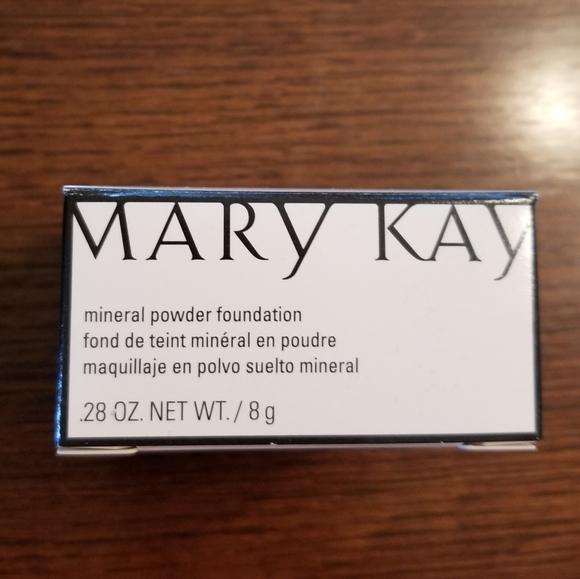 Mary Kay Mineral Powder Foundation Beige 1 New